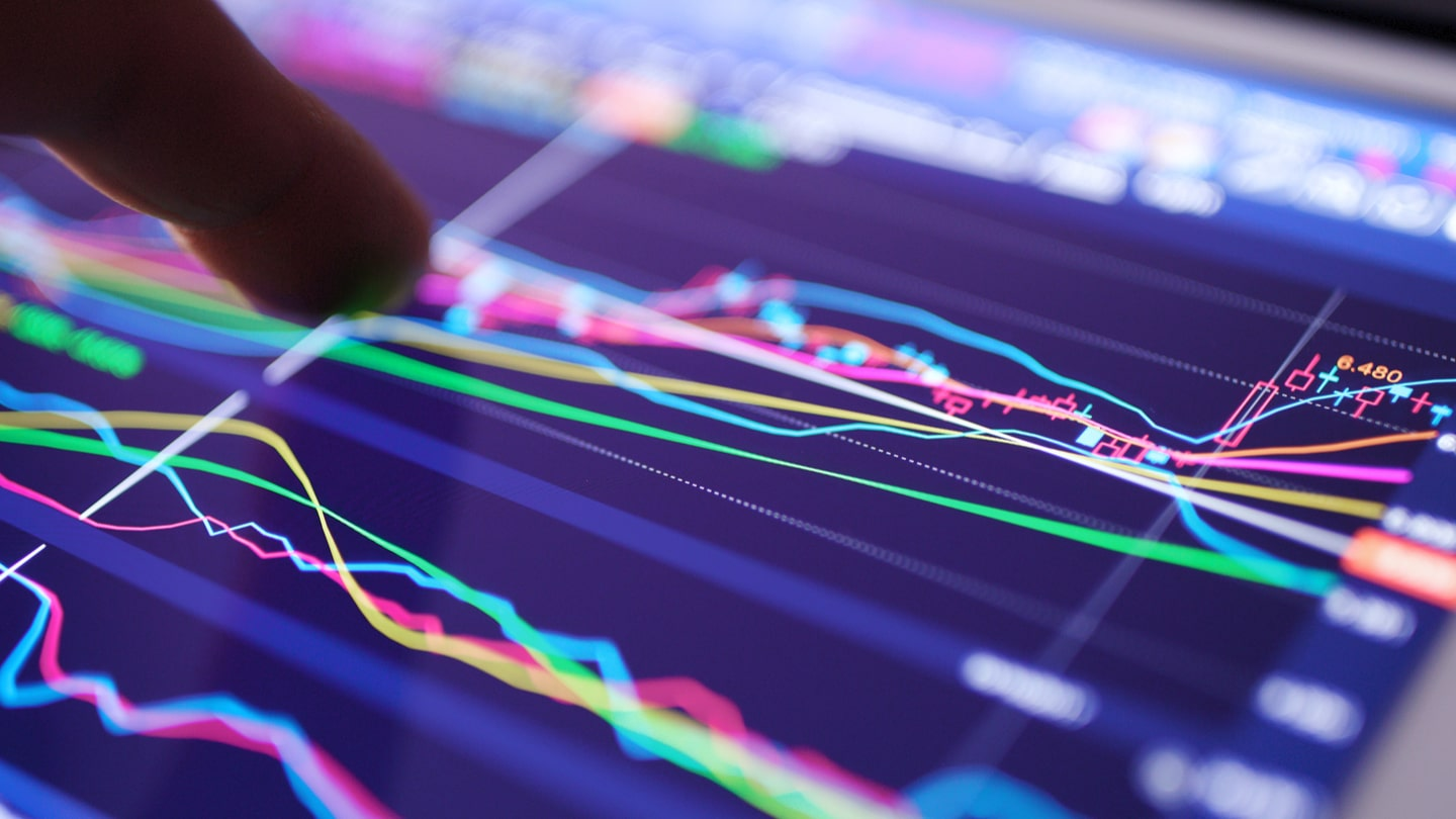 How To Trade CFDs on DAX30: A Beginner's Guide - Admiral Markets